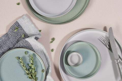 loods5, porcelain, tabletop, kitchen, photography, mint, plates, green, styling