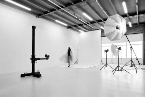 studio, bts, shoot, fashion, model, beauty, agency